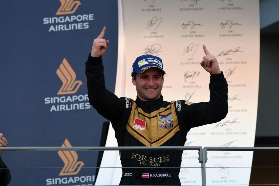 Perfekter Sonntag in Singapur für Raggi auf Porsche
